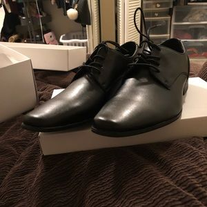 Calvin Klein, Mens Dress Shoes